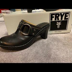 Frye black leather clog backless slip-on heels